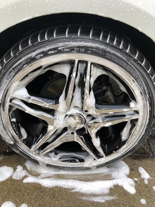 タイヤ 洗車 ソナックス カーシャンプー ベンツ Aクラス W176 A180