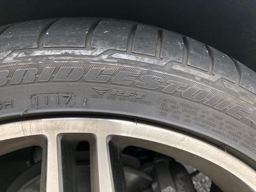 タイヤ ベンツ Aクラス W176 A180